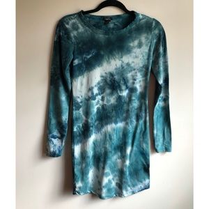 👚 Rue 21 Tye Dye Green Shirt - Small